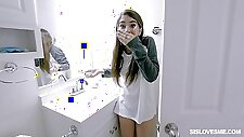 Naughty Joseline Kelly looses her virginity with her hung stepbro